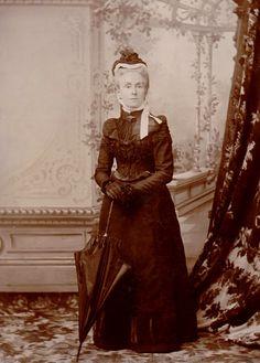 Emily Alice HUGGINS ( 1851-1941) Windsor, NSW. Wife of Robert HUGGINS.