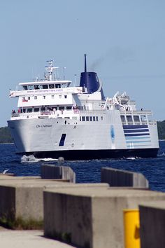 Tobermory Ferry  going from Tobermory to Manitoulin Island. ChiCheman