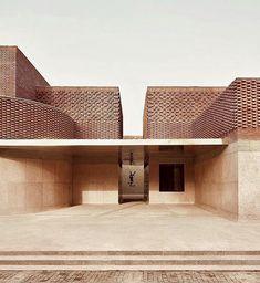 Yves Saint Laurent Museum Marrakesh by studio Ko masturbate your eyes! Brick Architecture, Contemporary Architecture, Interior Architecture, Interior Design, Tectonic Architecture, Museum Architecture, Marrakesh, Brick Building, Building Design