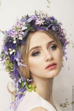 31 Trendy Flowers In Hair Editorial Floral Headpiece Art Du Collage, Floral Headdress, Flower Fashion, Fashion Hair, Floral Crown, Hair Art, Amazing Flowers, Purple Hair, Belle Photo
