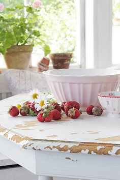 VIBEKE DESIGN: Delicious summer! - a photo for inspiration and a reminder to enjoy summer while it's here. I love fresh strawberries, that mixing bowl, and the chippy paint on the table.
