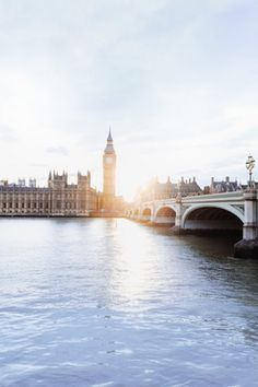 A travel guide to London, England: The best restaurants, hotels, bars, activities, and more.