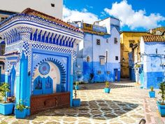 Mesebeli Arab Városok 3. Chefchaouen (Marokkó) - Minden ami Közel-Kelet Marrakech, Tangier, Beautiful Places, Beautiful Pictures, Desert Tour, Morocco Travel, Visit Morocco, Blue City, Wall Canvas