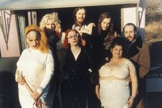 Divine, Mink Stole, John Waters, Edith Massey, Mar Vivian Pearce, David Lochary, Danny Mills #pinkflamingos