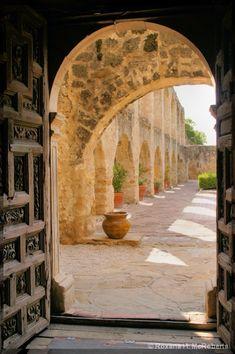 Mission San Jose, San Antonio, TX. Amazing Spanish architecture in San Antonio.