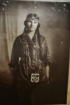 Indian Pictures: Ojibwa Indian Women's Dress and Bead Work