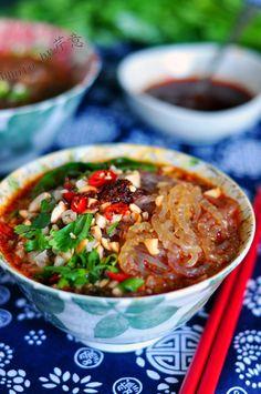 Sichuan/ Chongqing Hot and Sour Sweet Potato Noodles