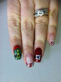 Christmas nails- I just like the Santa belt design. Holiday Nail Designs, Holiday Nail Art, Christmas Nail Art, Great Nails, Perfect Nails, Love Nails, Nail Polish Designs, Nail Art Designs, Nail Art Noel