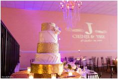 The Glenwood Club in Raleigh, North Carolina | Cake Couture wedding cake | Wedding photography by Story and Rhythm