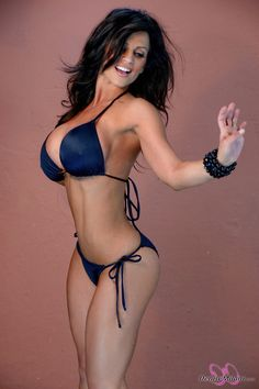 Spectacular body and great breasts, Denise Milani