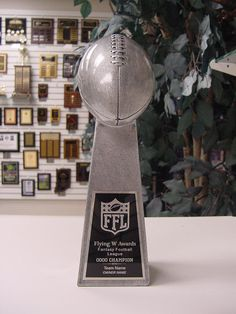 """SMALL LOMBARDI STYLE FANTASY FOOTBALL INDIVIDUAL TROPHY 9 1/2"""" TALL #Unbranded"""