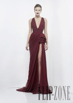 Zuhair Murad Fall-winter 2012-2013 - Ready-to-Wear - http://www.flip-zone.com/fashion/ready-to-wear/fashion-houses-42/zuhair-murad-2867