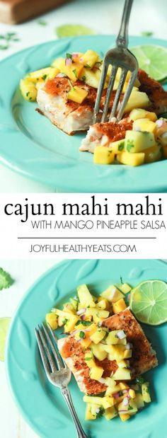 Mahi Mahi with Mango Pineapple Salsa Pan Seared Cajun Mahi Mahi with a fresh Mango Pineapple Salsa, an easy gluten free recipe that takes 15 minutes to make! A taste of the Caribbean! Quick Easy Dinner, Quick Dinner Recipes, Easy Healthy Dinners, Easy Healthy Recipes, Quick Easy Meals, Gluten Free Recipes, Healthy Seafood Recipes, Healthy Breakfasts, Shrimp Recipes