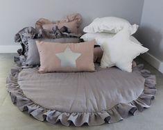 Grey Play Mat / Linen Baby Play Mat/ Round Play Mat / Play Mat with Frill / Boho Nursery Decor / Boh