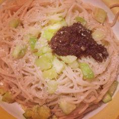 Spaghettis à la tapenade - Spaghetti with tapenade #cuisine #food #faitmaison #homemade #pâtes #spaghetti #tapenade #yummy #cooking #eating #french #foodpic #foodgasm #instafood #instagood #français #platprincipal #salé #vegetarien