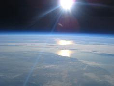 Robert Harrison got some pretty good pictures. He did it with a weather balloon, a used digital camera he picked up on eBay and some duct tape.   His camera rises to altitudes of about 20 miles over the English countryside. The price per flight: about $750.