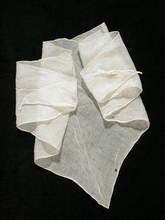 Girl's neckcloth 1800-30 National Trust