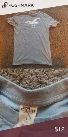 Men's Hollister Men's Tee Gently used men's Hollister tee Hollister Shirts Tees - Short Sleeve