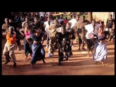 Habib Koité & Bamada - Massakè - YouTube Ministry Of Sound, Him Band, Album, My Music, Music Videos, Concert, Youtube, Good Music, Dancing