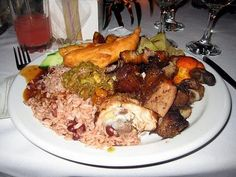 jamaican dinners are usually eaten in the evening around 7 or 8 o clock. Except for sundays, dinner is typically eaten earlier.