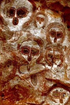 Wandjina Spirit Paintings Petroglyph, Kimberly, Australia, ca. 3000 BC.