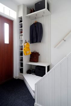 Smart förvaring hall home ideas hallway storage, small hallways, small entr Home Interior, Interior And Exterior, Hallway Storage, Hall Storage Ideas, Small Hallways, Entry Hallway, Hallway Decorating, Home Organization, Small Spaces