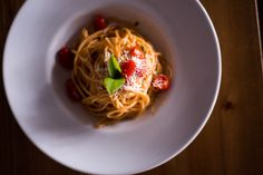 #pasta #cherrytomatoes #pastalover #sundayboutiquehotel #restaurant #food #greekfood Restaurant, Mediterranean Style, Greek Recipes, Cherry Tomatoes, Spaghetti, Artisan, Sunday, Pasta, Dishes
