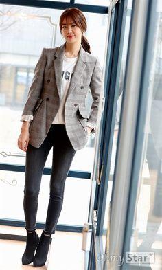 Airport Fashion, Airport Style, Asian Fashion, Autumn Fashion, Lee Yo Won, Korean Drama Series, Happiness, Blazer, Trends