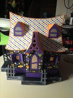 Svgcuts Bewitched cabin Halloween Village, Halloween Haunted Houses, Halloween 2015, Halloween Cards, Happy Halloween, Mini Houses, Putz Houses, Gingerbread Houses, Small Houses