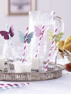 butterflies on straws... looks relatively easy