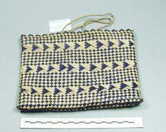 1997.19.7 Flax Weaving, Basket Weaving, Maori Designs, Weaving Techniques, Kite, Islands, Weave, Education, Patterns