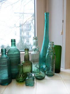 Flaschengrün, Tags Glas, Grün, Tintenfass, Flaschen, Glasvasen, Badezimmer, Glaskännchen, Alte Glasflaschen