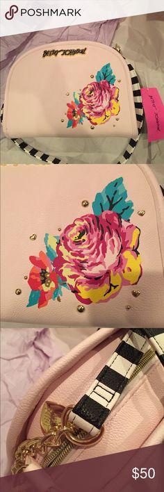Betsey Johnson Pink 💖Peony Crossbody Purse NET NWT Crossbody handbag purse 👛 gold hardware black and white strap Pink Blush color by Betsey Johnson 💖 Betsey Johnson Bags Crossbody Bags