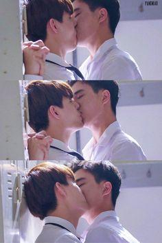 Thai gay solo