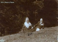 King Carol I and his wife Elisabeth (Carmen Sylva) Romanian Royal Family, Peles Castle, Queen Anne, Wwi, Old Pictures, Reign, Royalty, Daughter, Couple Photos