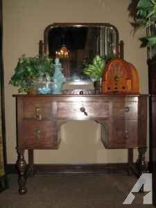 Vanity with Mirror - Beautiful Vintage Antique - $295 (Spring / North Houston)