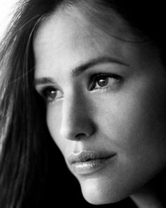 JENNIFER GARNER (The Merchant Of Venice, A Midsummer Night's Dream, Pearl Harbor, Catch Me if You Can, Daredevil, 13 Going on 30, Elektra, Juno, The Kingdom, The Odd Life Of Timothy Green and Butter; married to Ben Affleck)