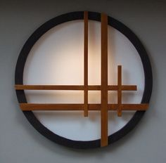Shoji window for Japanese style buildings Our SHOJI windows are the perfect decoration for your Japanese Tea house. We make them to order so that they are the ideal size for your project Japanese Garden Design, Decor, Industrial Light Fixtures, Asian Decor, Diy Outdoor Lighting, Japanese Style House, Home Decor, Japanese Home Design