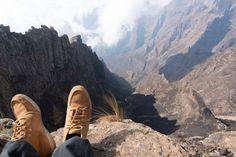 Esses penhascos incríveis estão espalhados pelo mundo para os viajantes aventureiros irem explorá-lo... - Shutterstock