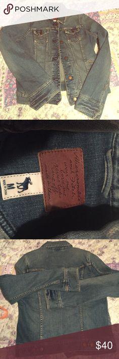 Abercrombie and Fitch denim jacket Women's medium, excellent condition Abercrombie & Fitch Jackets & Coats Jean Jackets