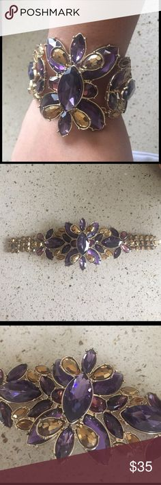 CACHE PURPLE FLOWER BRACELET CACHE purple flower bracelet gorgeous perfect to dress up any outfit or a gown for special event Cache Jewelry Bracelets