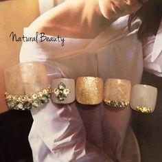 naturalbeautyさんも使ってるネイルブック。毎日最旬新着ネイル続々♪流行のデザインが丸わかり!