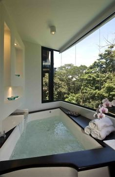 if my future house backs up to a beautiful wooded area I would live to have these windows. A very relaxing bubble bath sounds nice LOL if my future house… Dream Bathrooms, Beautiful Bathrooms, Romantic Bathrooms, Modern Bathrooms, Luxury Bathrooms, Modern Bathtub, Outdoor Bathrooms, Master Bathrooms, Outdoor Kitchens