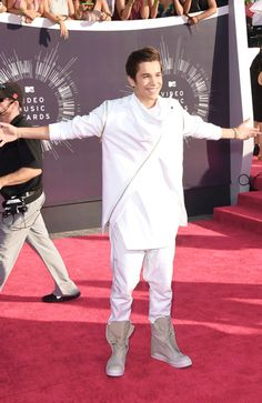Austin Mahone❤️❤️❤️❤️ #VMAS2014 Good Old Times, Austin Mahone, Gorgeous Eyes, My Boyfriend, Cute Guys, Role Models, Madness, Chef Jackets, Fangirl