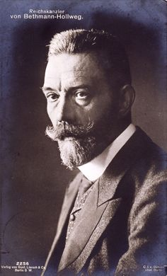 During WW1, Chancellor Bethmann Hollweg clashed repeatedly with the Supreme Army Command. He initially opposed unrestricted submarine warfare but eventually gave in to it, fully aware that it would prompt the US to enter the war. When, in July 1917, a Reichstag majority passed a peace resolution – a peace without annexations – he came under increasing criticism. The Kaiser also withheld his support and Hollweg was forced to resign on July 13, 1917.