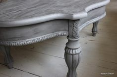 Today I am starting off with grey chalk paint on furniture! I love how versatile grey can be. It can go with browns and natural colors and with blacks and industrial colors.