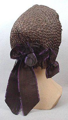 1862 bonnet noir de visite Victoria et Elizabeth.