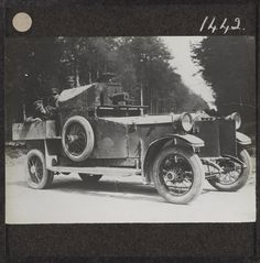 A Rolls-Royce light armoured car, Abbeville, May 1916. At the start of the war, British armoured car squadrons were used as mechanised raiding columns on the Western Front. As...