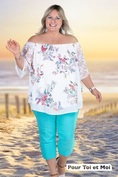 Classe et chic ; cette tenue est sublime. Depuis 7 ans maintenant j'ai du plaisir à faire mon shopping. #grandetaille #mode #été Off Shoulder Blouse, Floral Tops, Chic, Shopping, Fashion, Man Women, Plus Size, Outfit, Fashion Styles