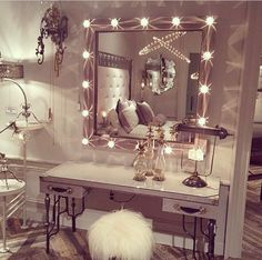 Love the dresser and the lights on the mirror